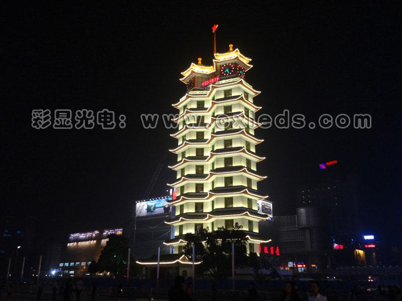 郑州二七塔又名双子塔,位于河南省郑州市二七广场,是郑州市的