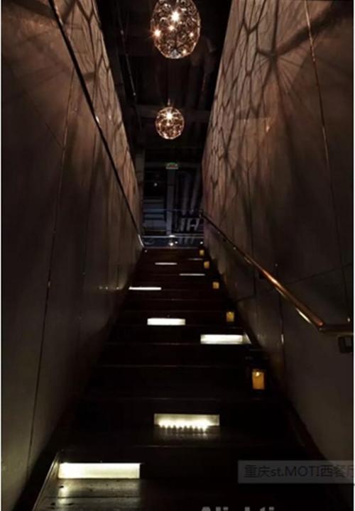 重庆st.MOTI西餐厅灯光设计详解