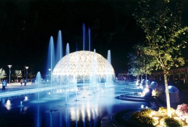 北京东大桥CBD文化广场夜景照明设计