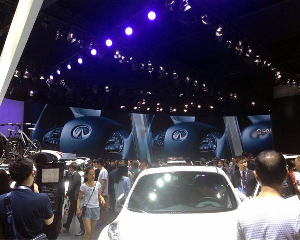 2015广州车展英菲尼迪展位