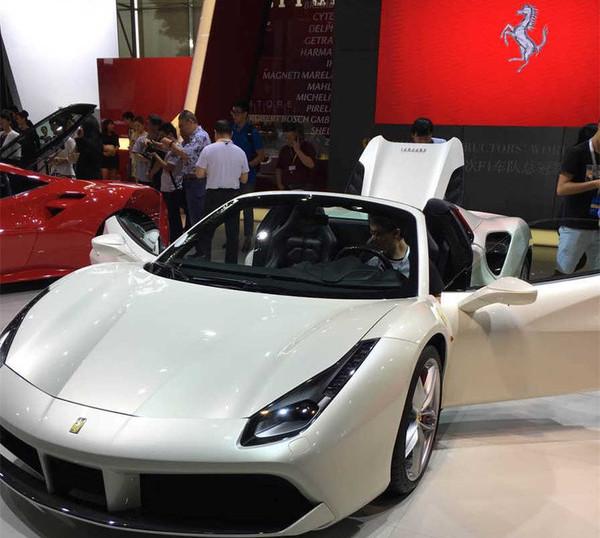 2015广州车展法拉利展位