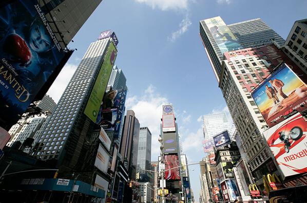 日上光电:追求极致 以偏执回应广告体验的价值
