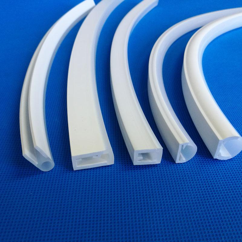 东莞LED灯条防水套管5050 高透光硅胶套管厂家直销