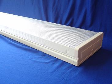 T8 防尘棱晶带罩方形支架
