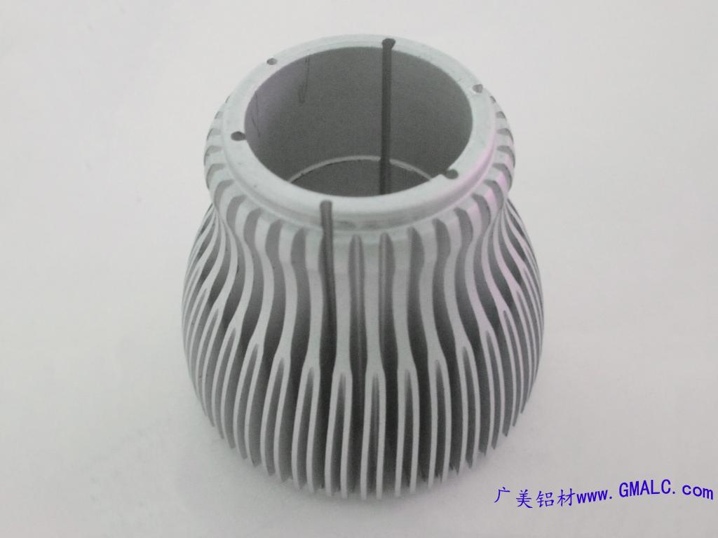 LED灯具散热器-挤压铝型材