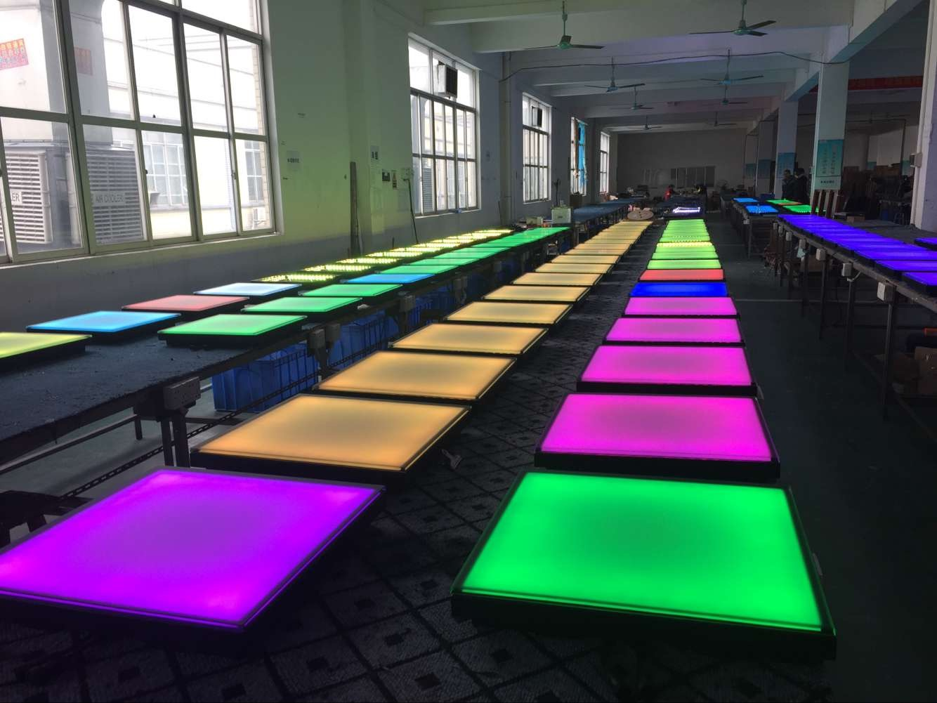 LED人体感应地砖灯