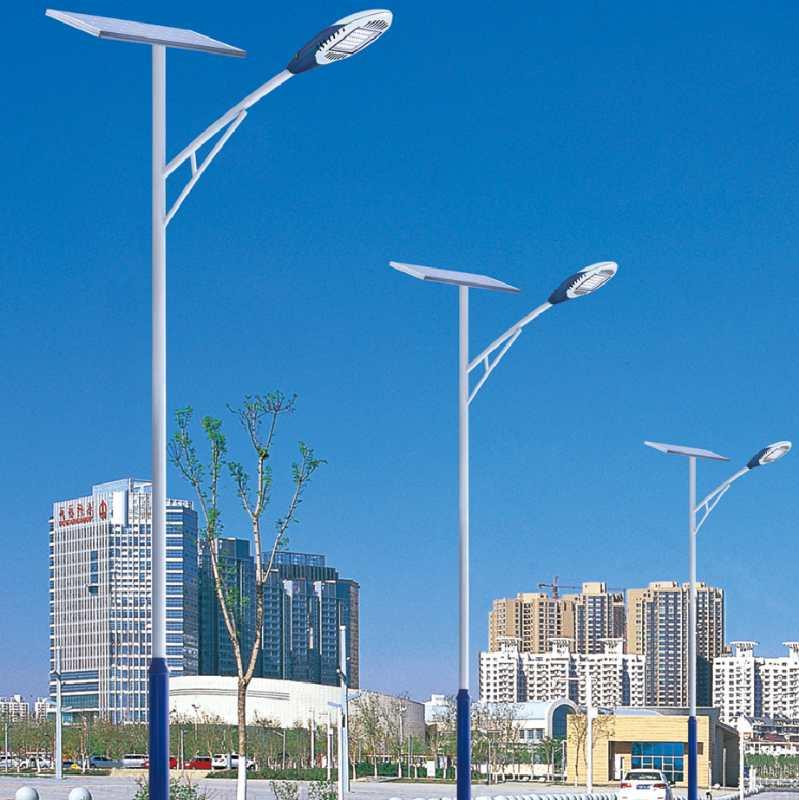 四川成都太阳能路灯