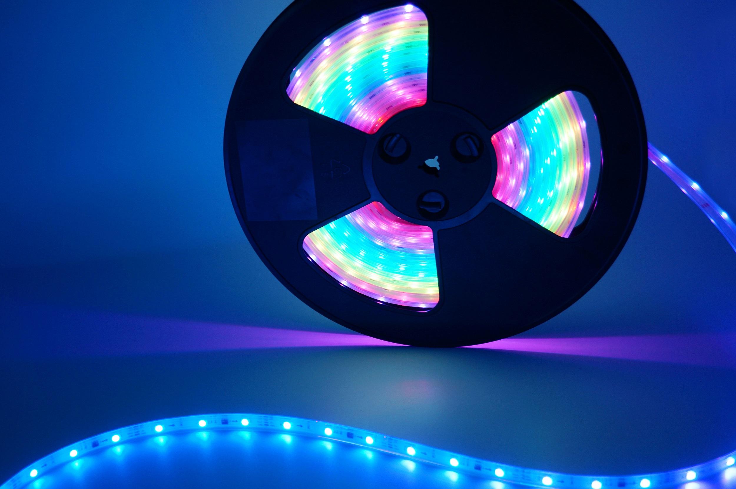 工厂直销LED灯带/12V-24V灯带灯条