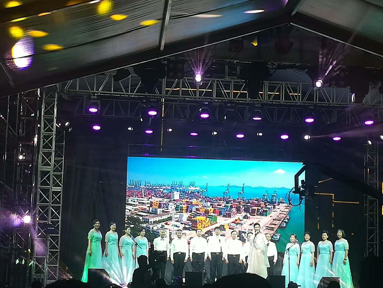 上海专业舞台设备租赁LED灯