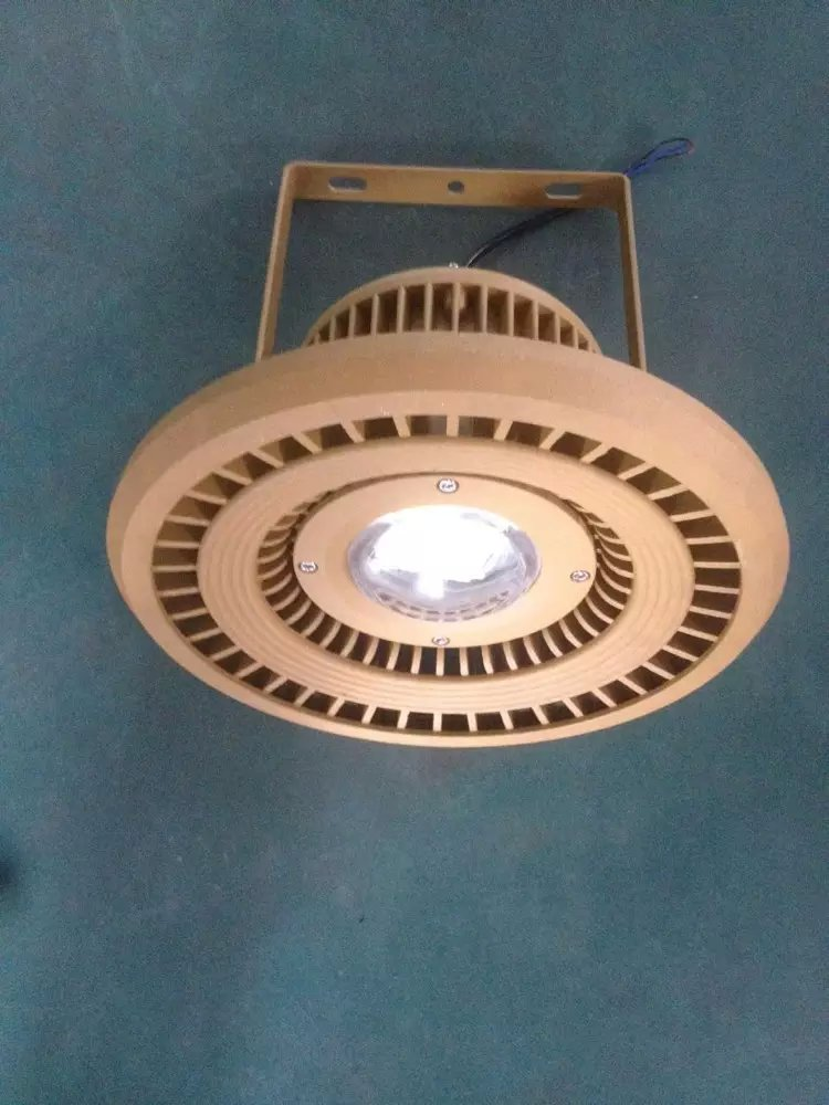 液化站用灯 120W高效LED防爆投光灯
