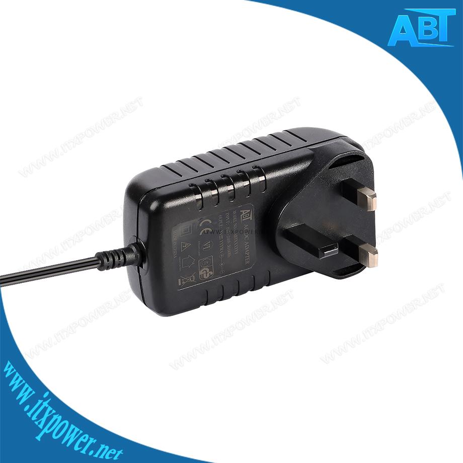12V1.5A电源适配器