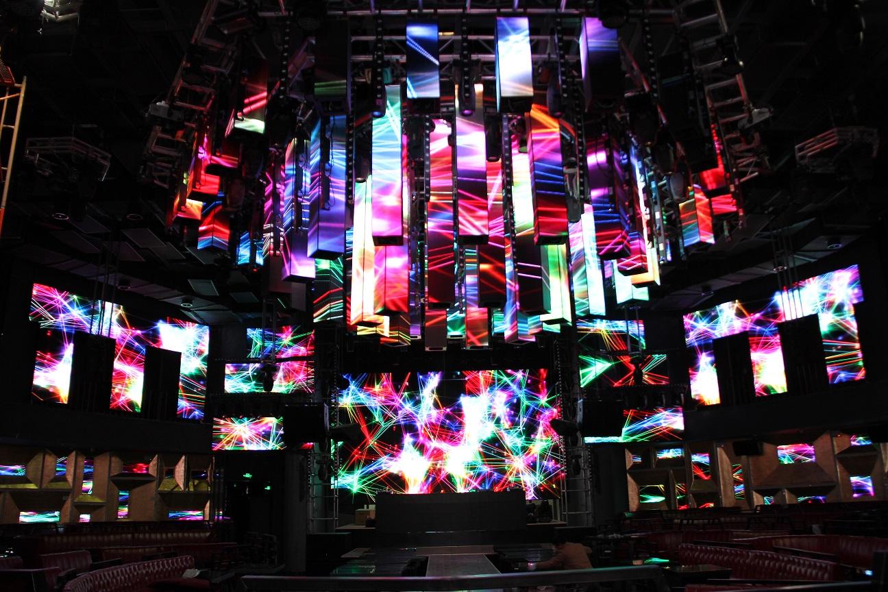 都明创意异形led显示屏